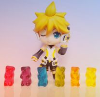 Len Kagamine with Gummy Bears by ng9