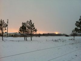 Snowy Evening Sunset 3 by dcrods