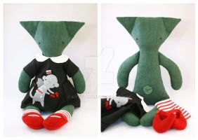 Elphaba the rag-cat by kittyvane