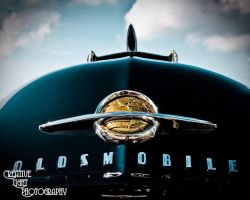 Oldsmobile takes to the skies by swampfoxinsc
