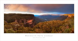 Wentworth Falls Lookout by MattLauder