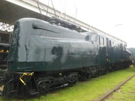 PRR GG1 No. 4919 Repainted Green by rlkitterman