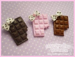 Sweet Chocolate brooches by Irudisu