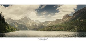 Estany de Sant Maurici by Panomenal