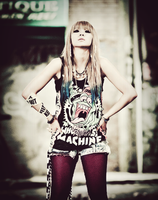 2NE1 CL UGLY EDIT by Awesmatasticaly-Cool