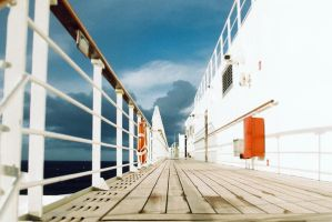 Queen Mary2 by LTKJJ