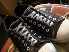 optical illusion shoes by KCJoker33