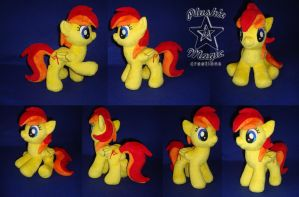 COMMISSION: Dahlia Capella OC 10 inches plushie by SunflowerTiger