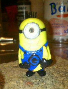 Completely finished minion with banana. by JuliaJulsH