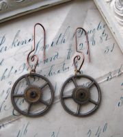 Steampunk GEAR earrings by NobleStudiosLtd