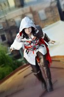 Assassin's Creed II fem!Ezio Auditore cosplay by Ko-shi-patrick