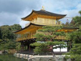 Golden Pavilion Temple by BrownieParadox