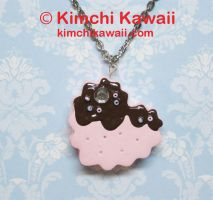 Sandwich Cookie Necklace: Heart by kimchikawaii