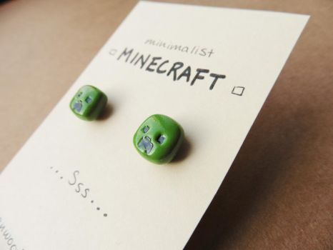 Minecraft Creeper earrings by Sirix14