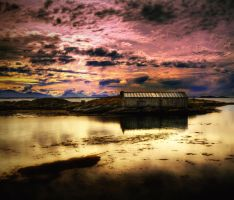 HDR house on the sea by Chriisii