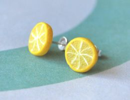 Lemon Slice Earrings by Madizzo