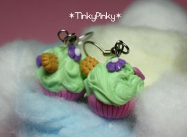 pistachio cupcake earrings by tinkypinky