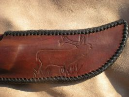 Hunting knife with Water Buffalo Horn view 4 by Kodo23