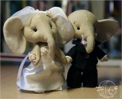 Wedding elephant by wooltoys-ru