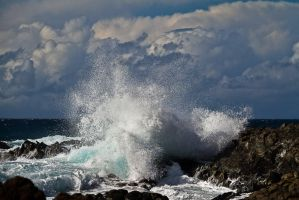 Sea spray by DostorJ