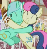 Lyrabon-hug by MustLoveFrogs