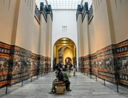 Pergamon Museum - Ischtar Tor by pingallery