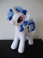 Vinyl Scratch without glasses by thetypeofpony
