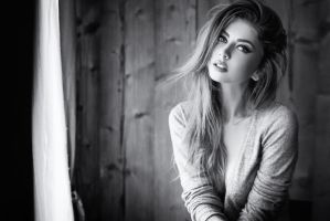 Miss Claudia BW by idaniphotography