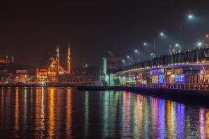 galata bridge by gokcentunc