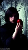 Snow White by HarleeAnne