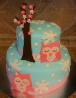 Winter owl cake by HeathurHavoc