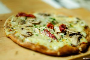 Chicken and Mushroom Pizza by KuroDot