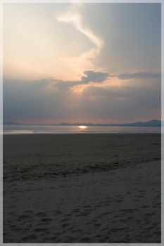 Sunset over Harlech beach by The-Almighty-Swampy