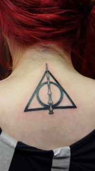 Harry Potter Tattoo - Deathly Hallows by Trixena