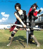 ''Need help?'' - Yuffie and Vincent cosplay by Eraneth