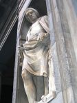 statue of Nicola Pisano by CPoinT