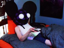 LazyMau5 by KiD-baBi
