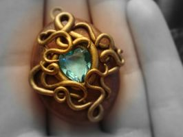 Locket No. 4 by CharpelDesign
