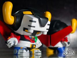 Voltron Dunny 8 inch pic1 by STR1KU