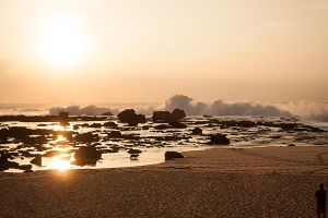 North Shore Sunset by tingharp