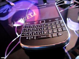 My BlackBerry Bold 9900 by AY-Deezy