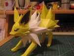 Jolteon- Side by sazmullium