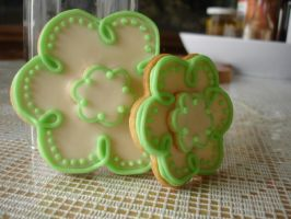 Green and White Sugar Cookies by csquad