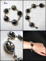 OOAK Black glass bracelet and brass, jewels by K-a-o-r-i