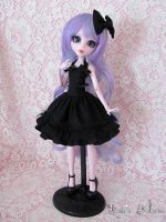 17 inch Draculaura custom by HavenRelis