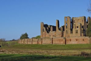 Kenilworth Castle by maximusmountain