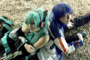Vocaloid- You and Me by XxNaomi-LukarixX
