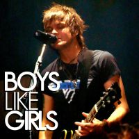 Boys Like Display Pics? by frequentlydistracted