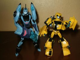 Blurr and Bumblebee by yodana