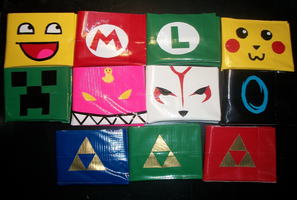 Duct tape Wallets Galore! by PracticallyGeeky
